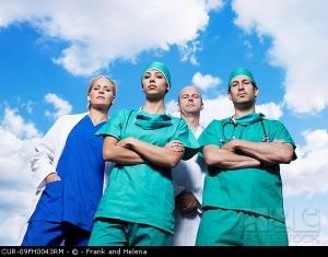 Médicos cirujanos especialistas de Medilaser